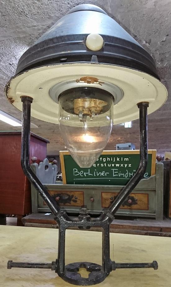 Historische Bauelemente Marwitz lanterns shell from the post office station historische