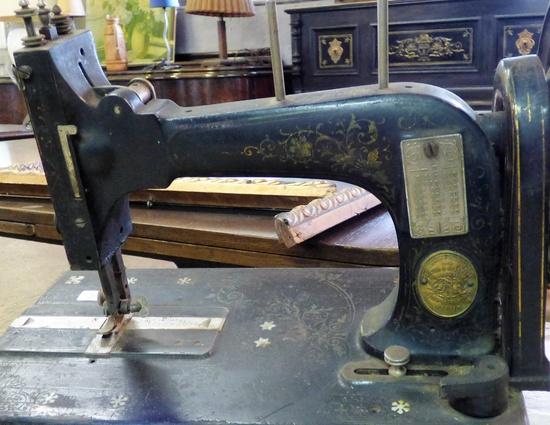 Nähmaschine Frister & Rossmann  Historische Bauelemente
