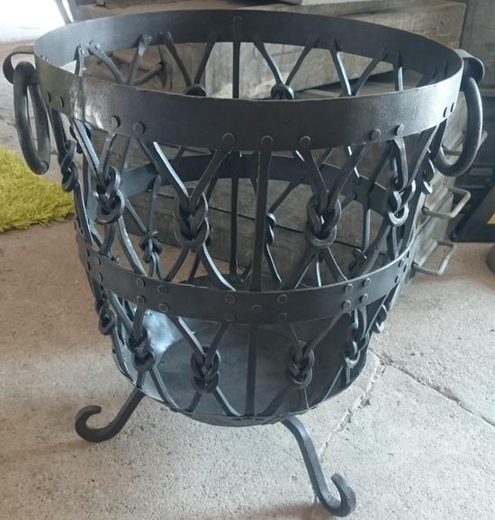 fireplace basket black historische bauelemente jetzt online bestellen. Black Bedroom Furniture Sets. Home Design Ideas