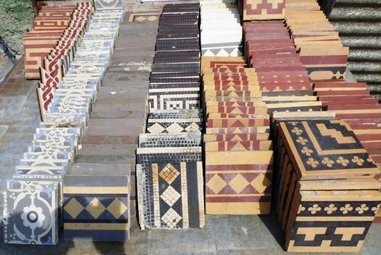 steinzeugfliesen patchwork historische bauelemente. Black Bedroom Furniture Sets. Home Design Ideas