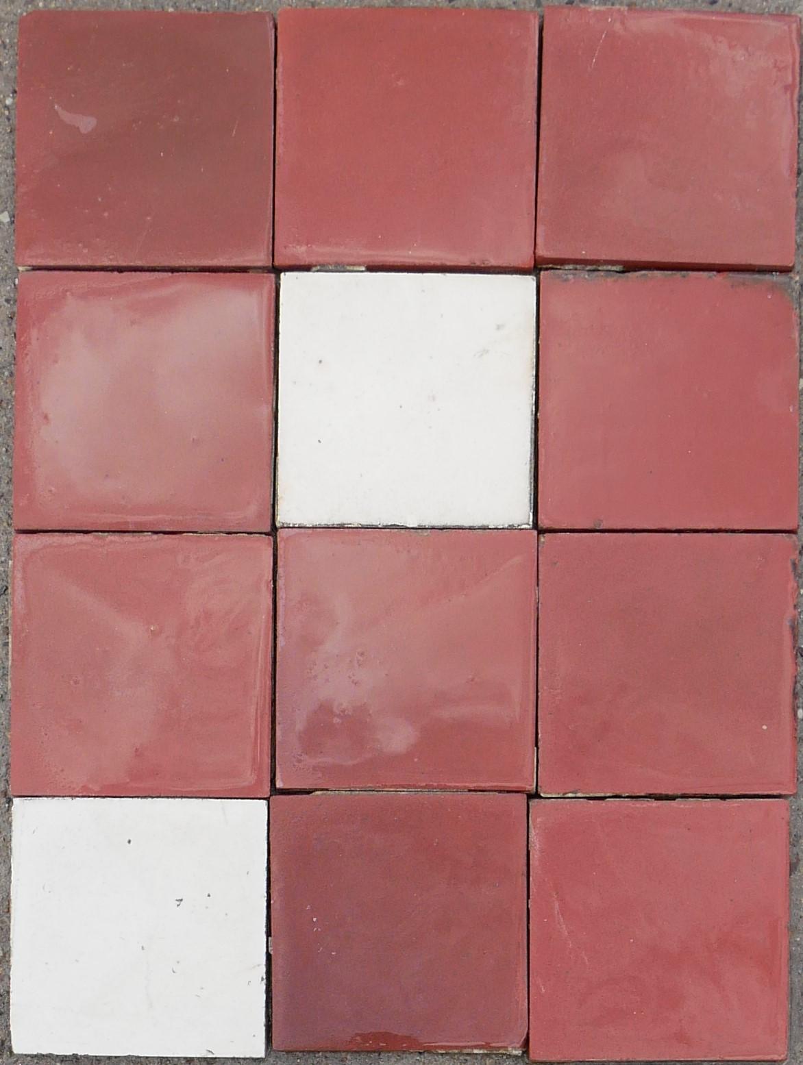 Top 5,4 m² Keramik Bodenfliesen Rot / Weiß   Historische Bauelemente RZ33